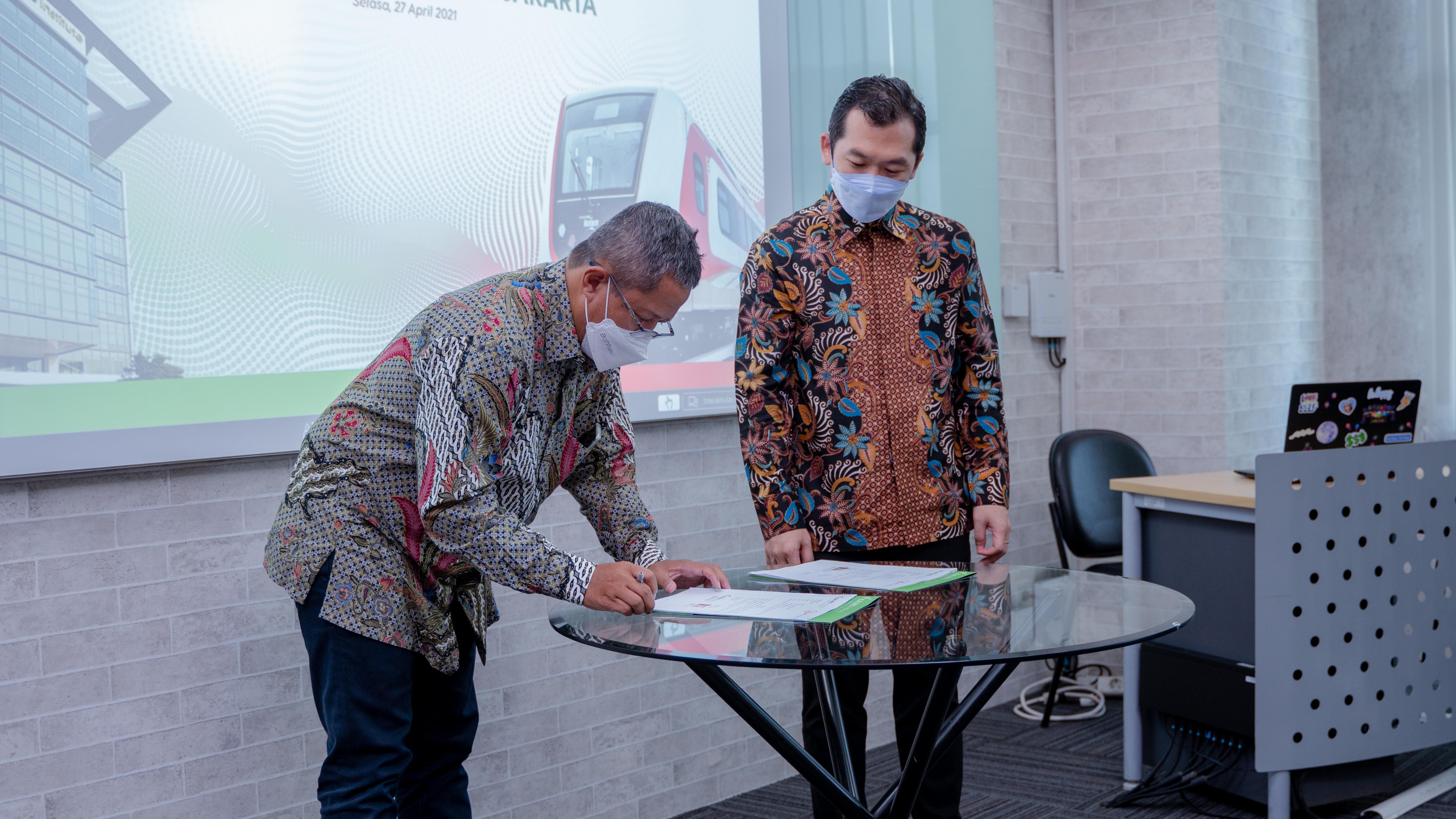 Perkuat Kampus Merdeka, Kalbis Institute Jalin Kerja Sama dengan LRT Jakarta